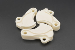 Three pieces Alumina ceramic fins that interlock.